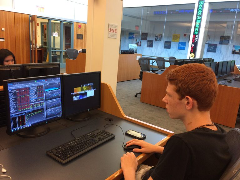 Students do statistical analyses in the Big Data one-week summer business program