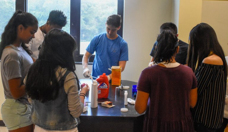 Students do an experiment in the Intro to Biotech one-week summer engineering program